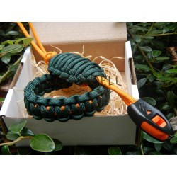 Paracord bracelet green set...